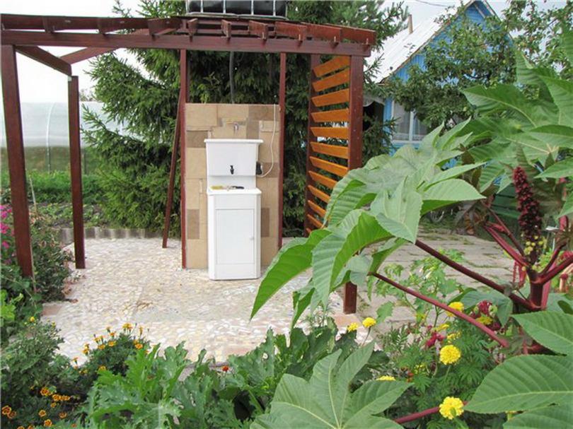 Мойка на садовом участке фото