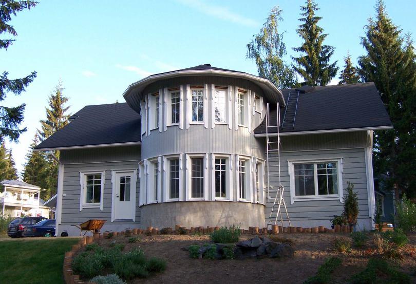 Дома с прямоугольным эркером фото